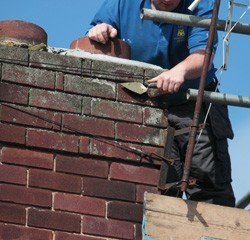Repairing crumbled chimney mortar
